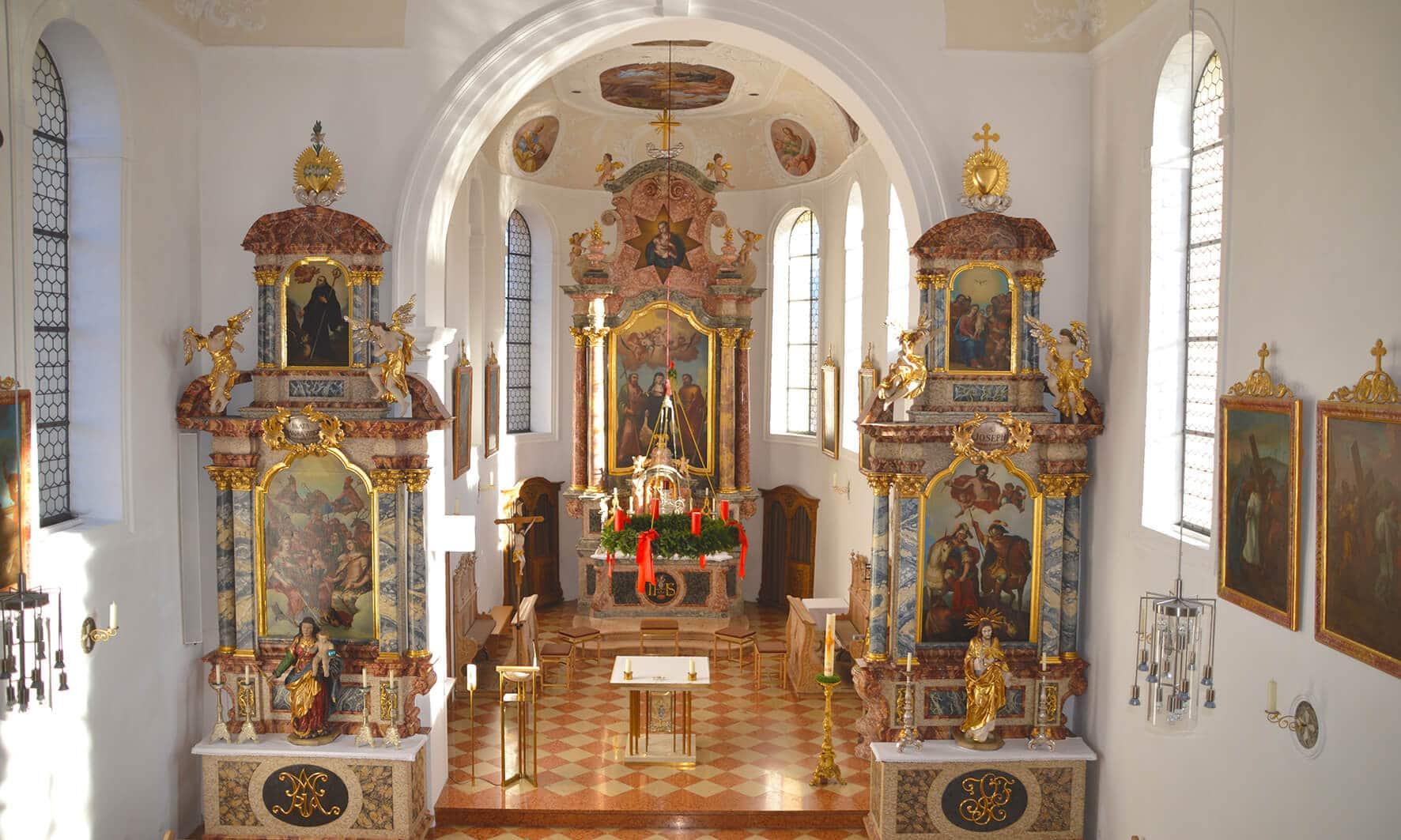 Innenansicht Pfarrkirche St. Walburga